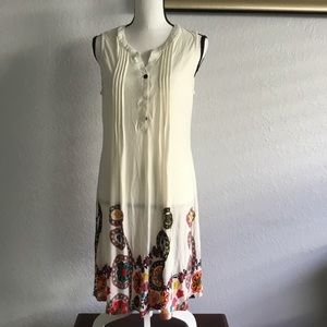 Resort  XL Creme floral border dress new with tags